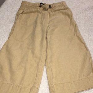 Linen wide leg pants.